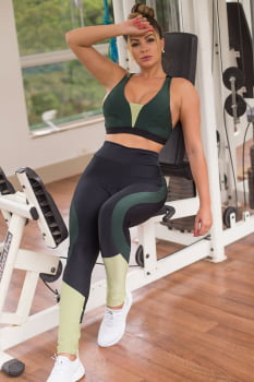 Calça legging fitness preta e verde com cós alto