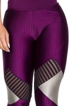Calça legging fusô roxa com recorte cinza