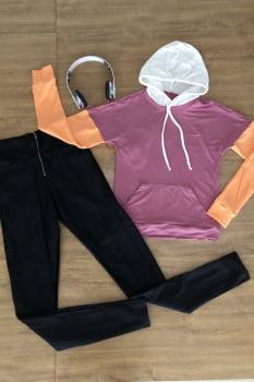 Blusa moletinho rosê com bolso em mistura de cores