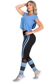 Cropped fitness azul com capuz